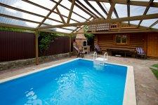 Дом в Ирпене - эксклюзив, с бассейном и сауной.