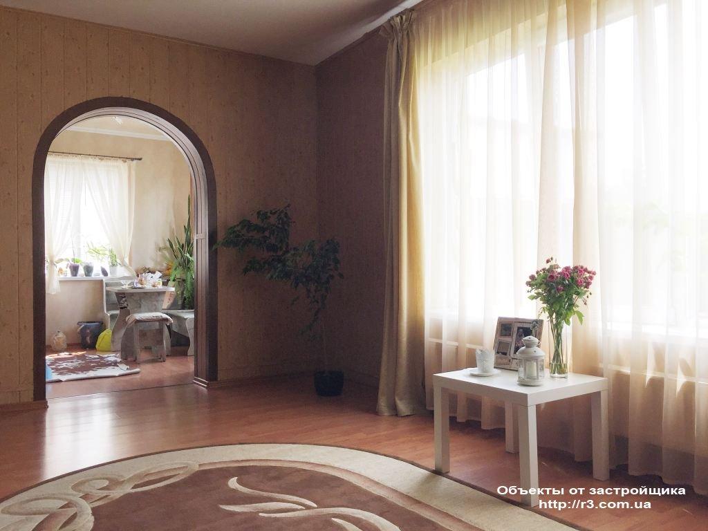 Дом в Ворзеле с ремонтом и мебелью, сауна.